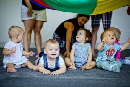 Musikbugs baby music classes at Niagara Park