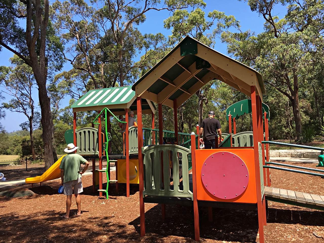 Wairakei Road Playground, Wamberal