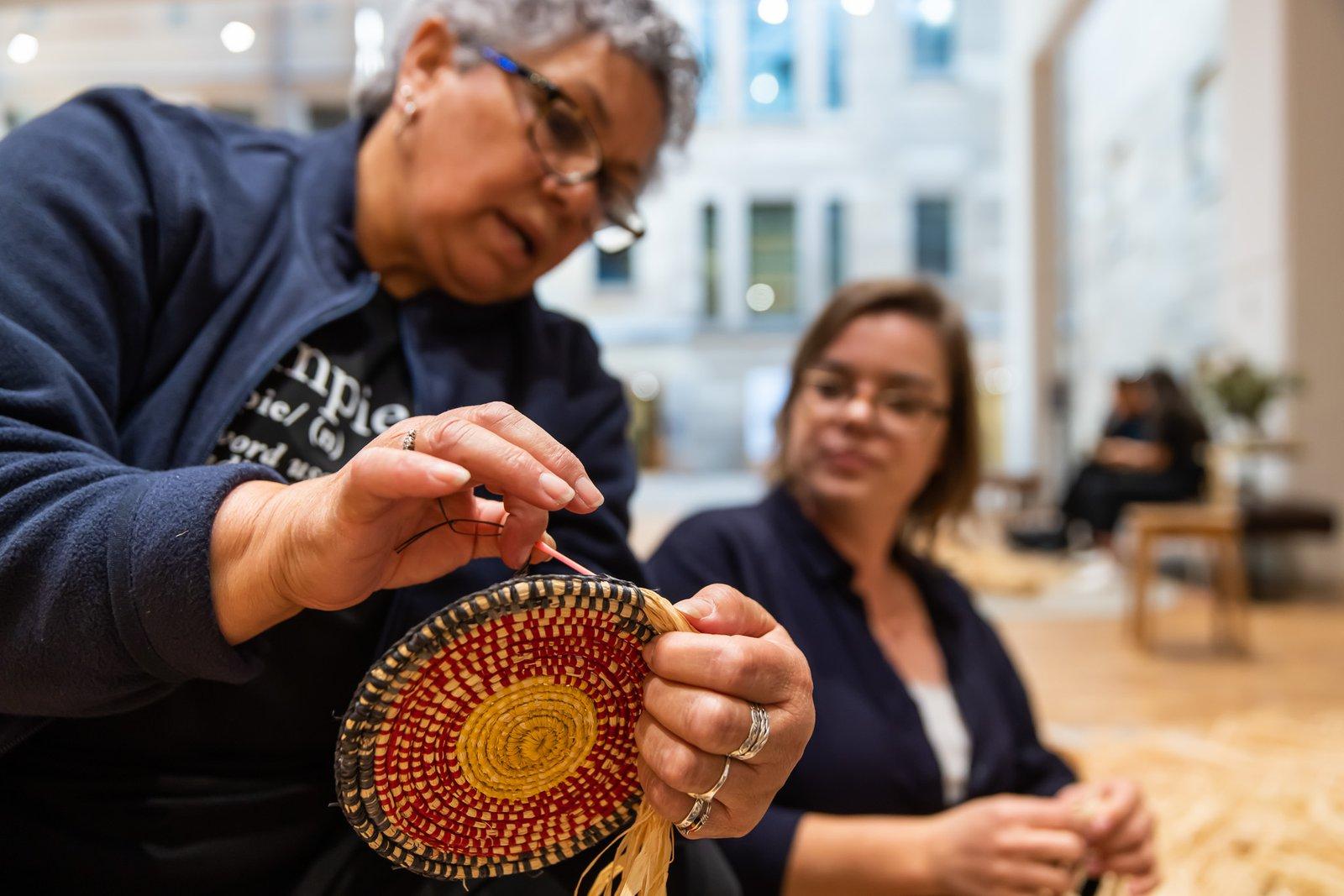 Australian Museum - Weaving