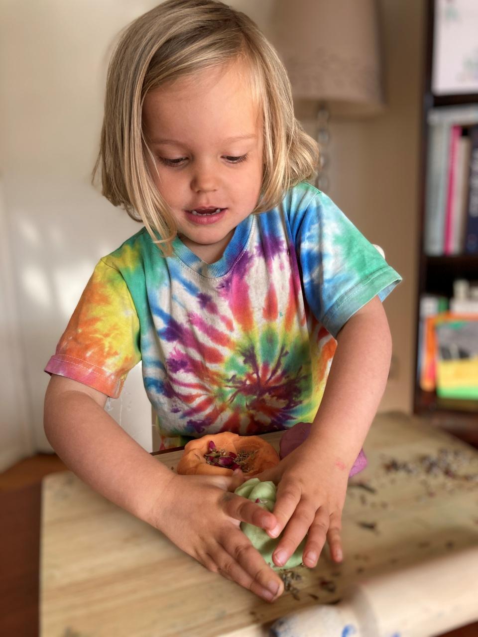 Little Seeds Art Play Lock Down Kits